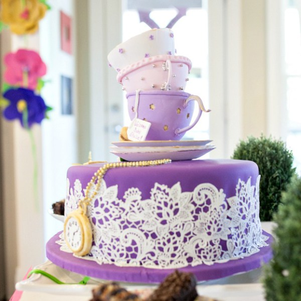 Alice-In-Wonderland-Baby-Shower