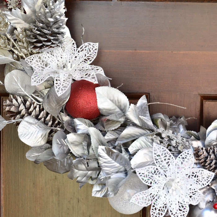 holiday_grapevine_wreath